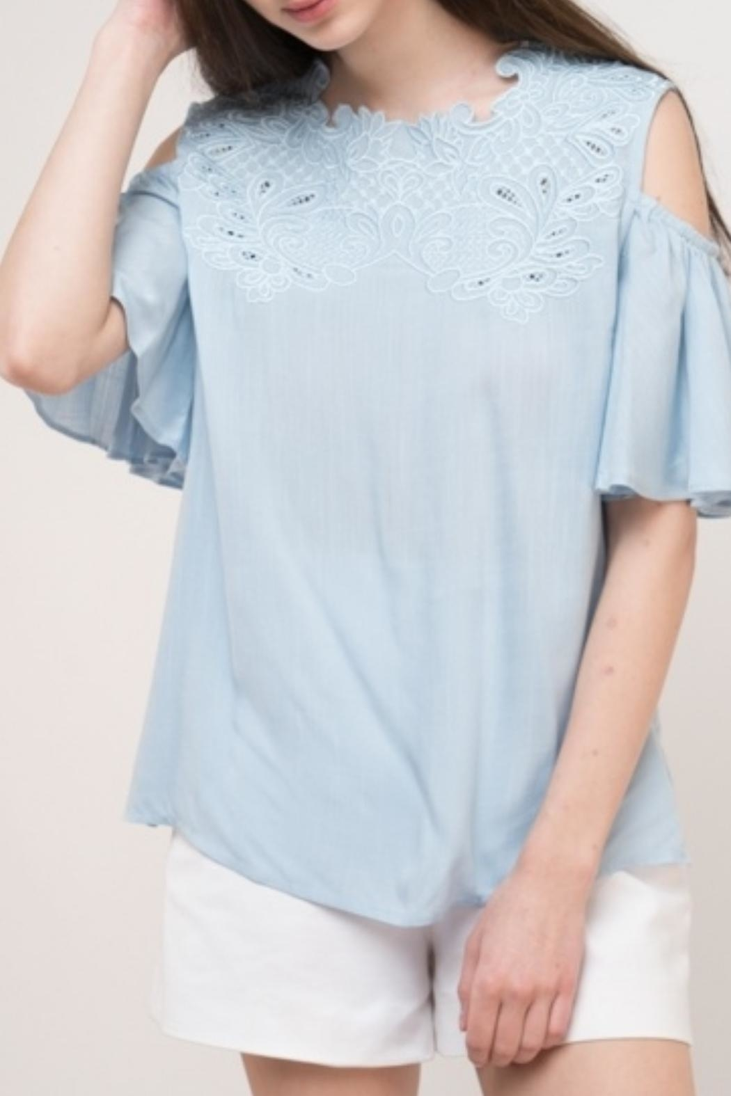 Esley Collection Linen Blue Top - Front Cropped Image