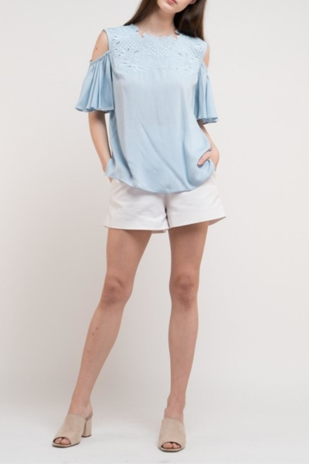 Esley Collection Linen Blue Top - Back Cropped Image