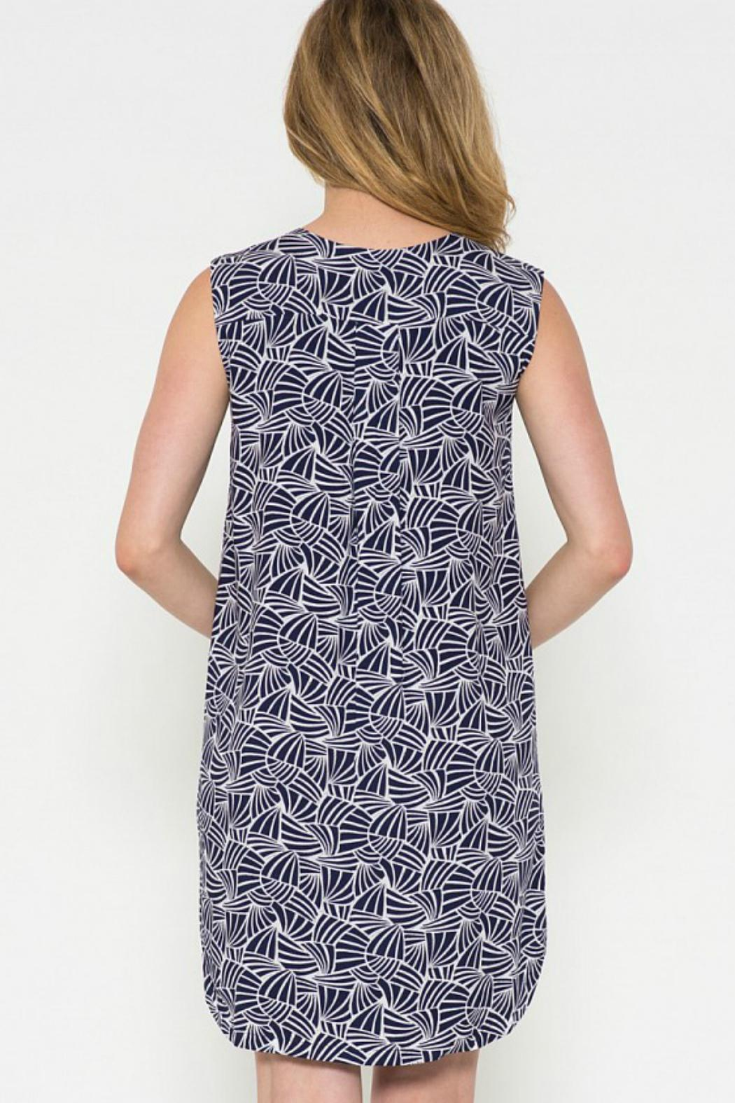 Esley Collection Print Shift Dress - Front Full Image