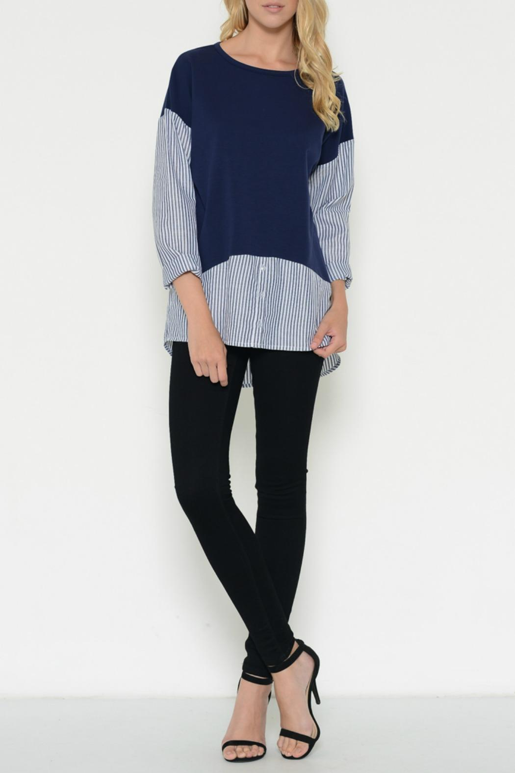 Esley Collection Pullover Contrast Top - Front Full Image