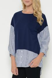 Esley Collection Pullover Contrast Top - Front cropped