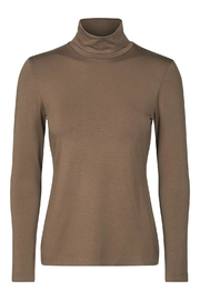 Eva & Claudi Essential Turtleneck - Back cropped