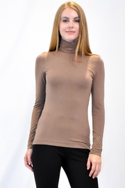 Eva & Claudi Essential Turtleneck - Front cropped