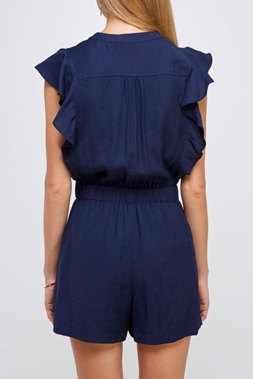 essue Drawstring Ruffle Romper - Side Cropped Image