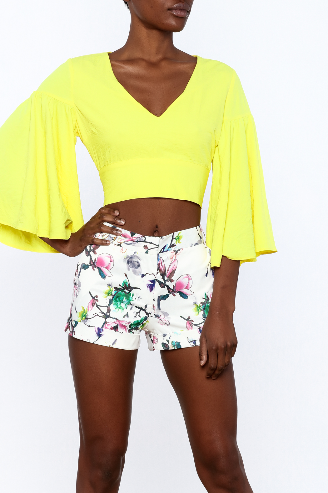 essue Bold Crop Top - Front Cropped Image