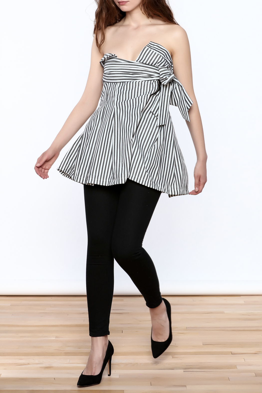 essue Stripe Strapless Top - Front Full Image