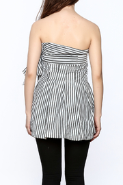 essue Stripe Strapless Top - Back cropped
