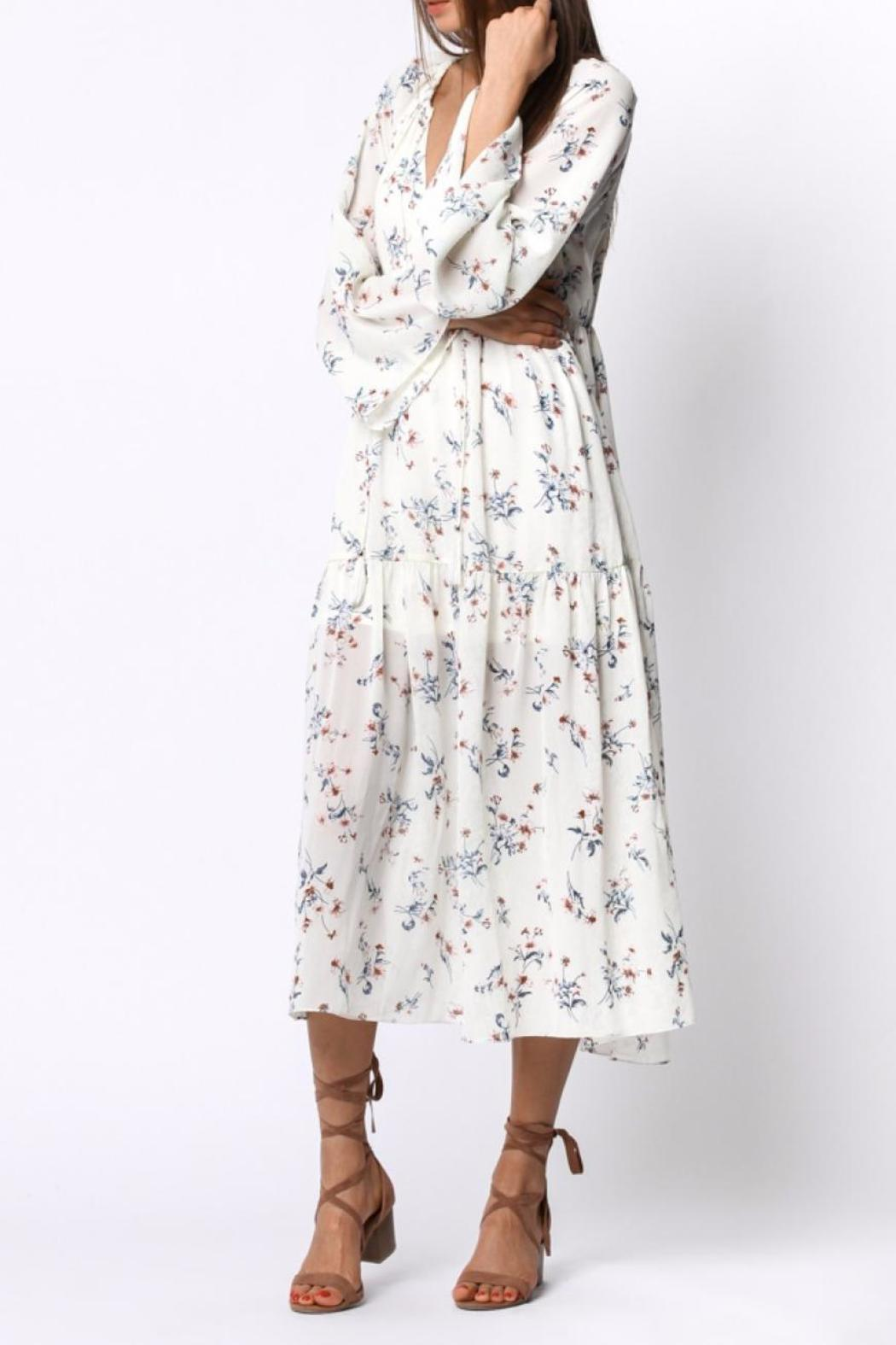 Ethereal Floral Midi Dress - Side Cropped Image