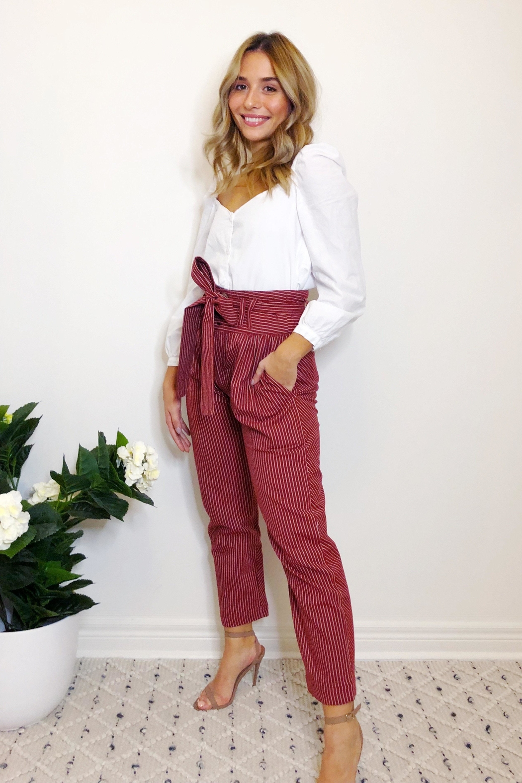 etophe studios Willow Trouser - Side Cropped Image