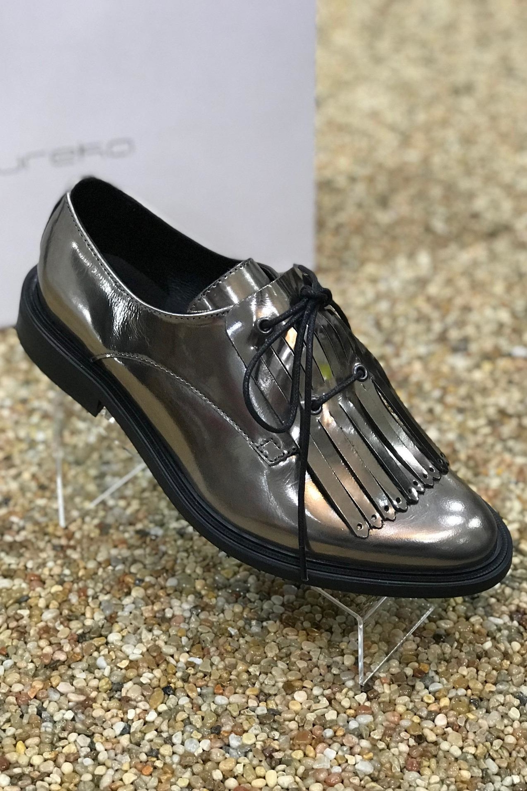 Eureka Mirror Finish Oxford Flat Shoes - Front Cropped Image