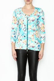 Eva & Claudi Floral Zip Top - Front full body