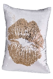 Eve & Nico Simple Kiss White Throw - Product Mini Image