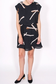 Eve Gravel Gutai Layered Dress - Front cropped