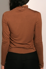 Eve Gravel Sagan Turtleneck - Side cropped