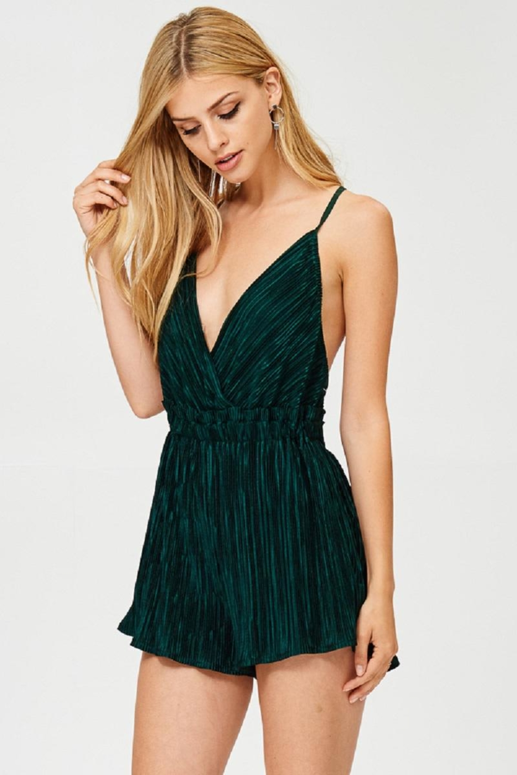 Evenuel Solid Crinkle Romper - Side Cropped Image