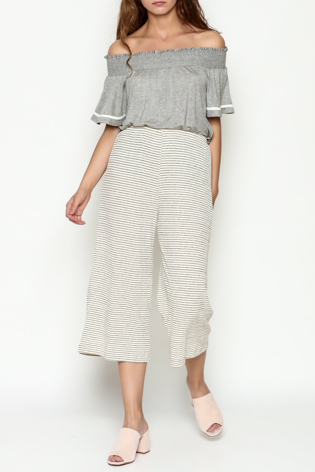 Everly Cropped Knit Pants - Side Cropped Image