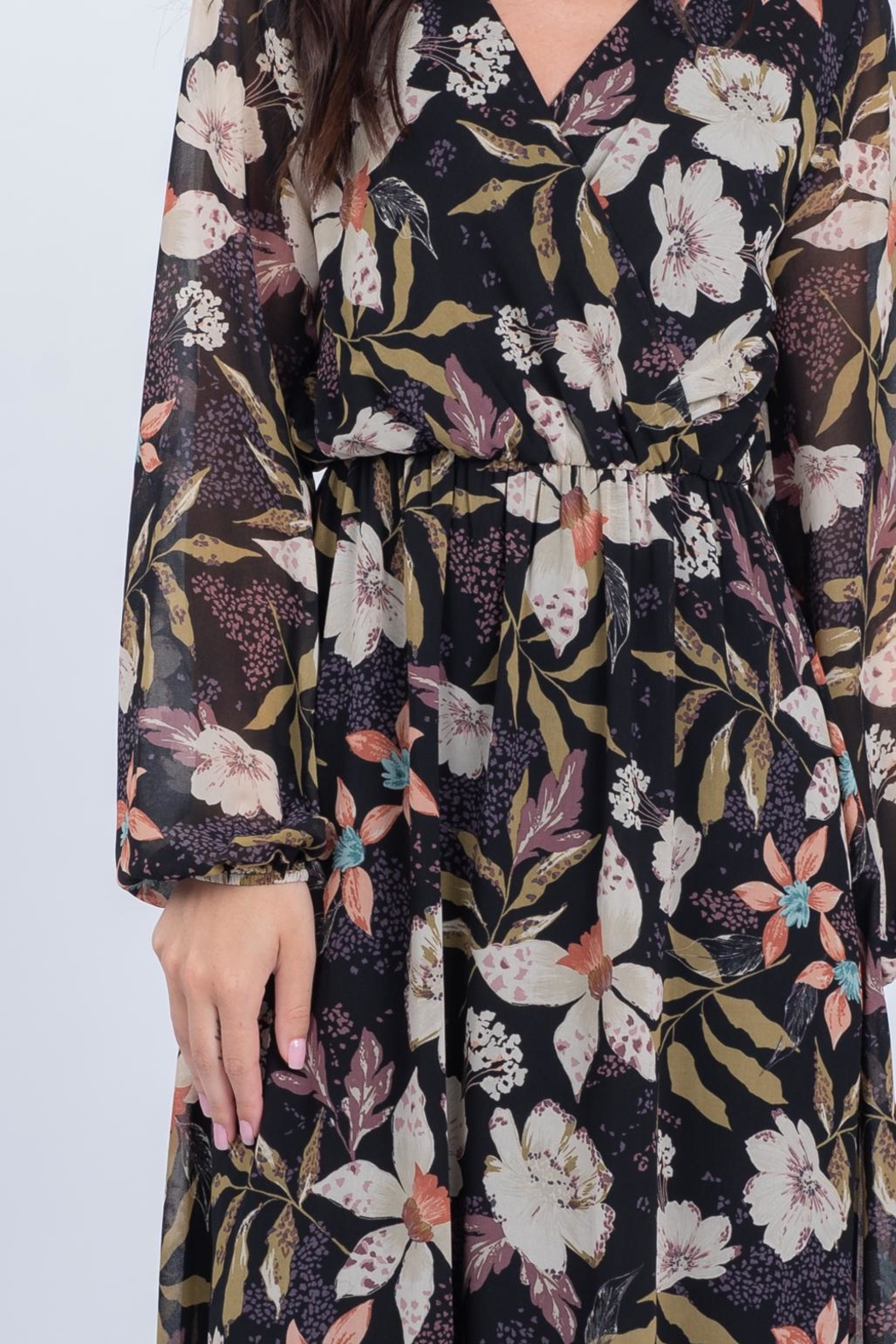 Everly Fall Floral Maxi - Back Cropped Image