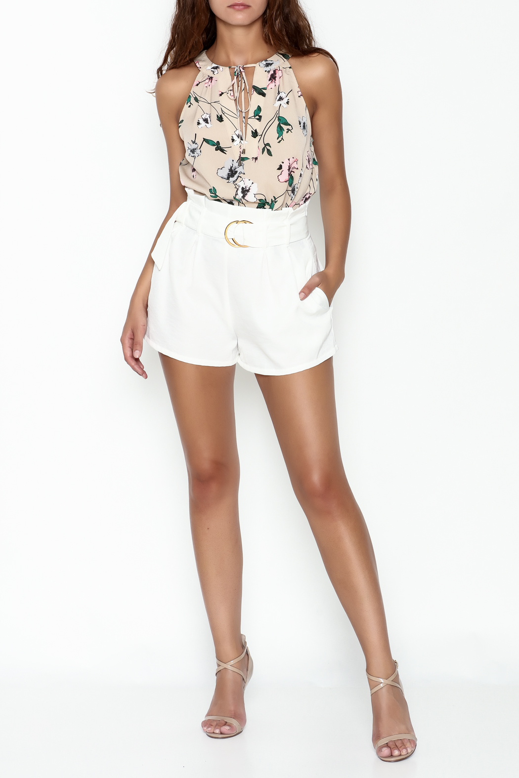 Everly Floral Halter Top - Side Cropped Image