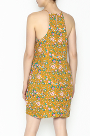 Everly Yellow Floral Shift Dress - Back cropped