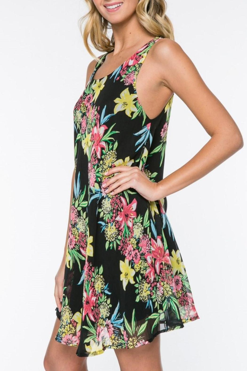 Everly Floral Shift Dress - Side Cropped Image