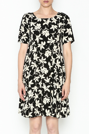 Everly Terri Floral Shift Dress - Front full body