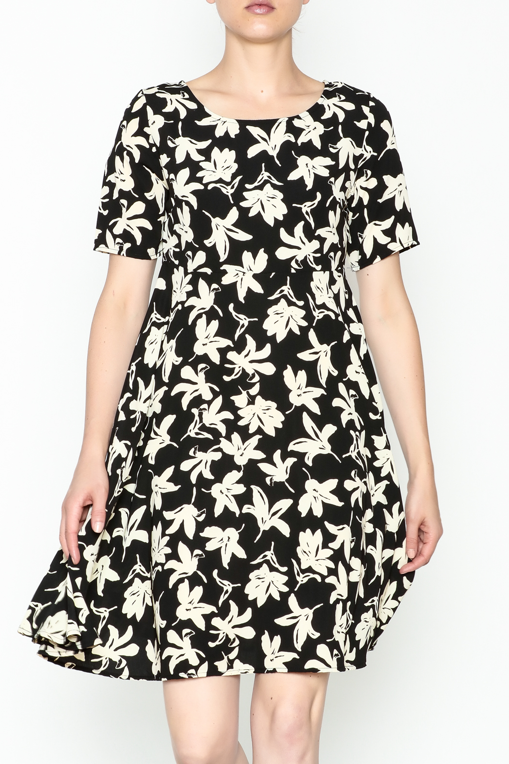 Everly Terri Floral Shift Dress - Main Image