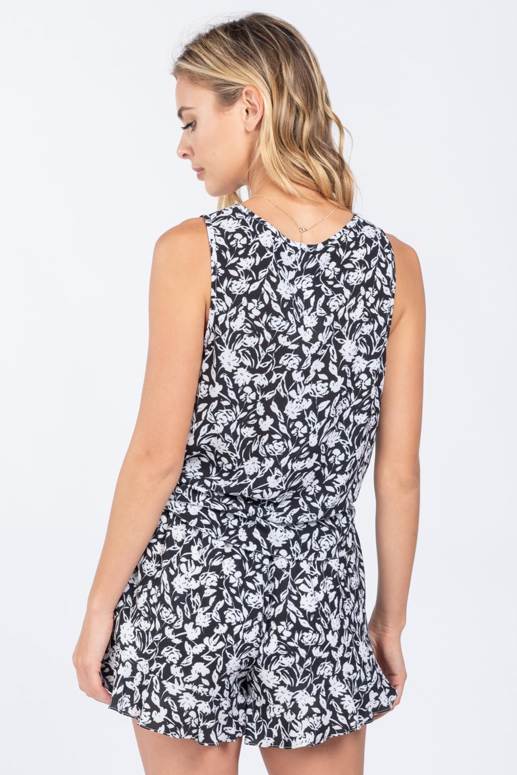 Everly Front Tie Top - Side Cropped Image