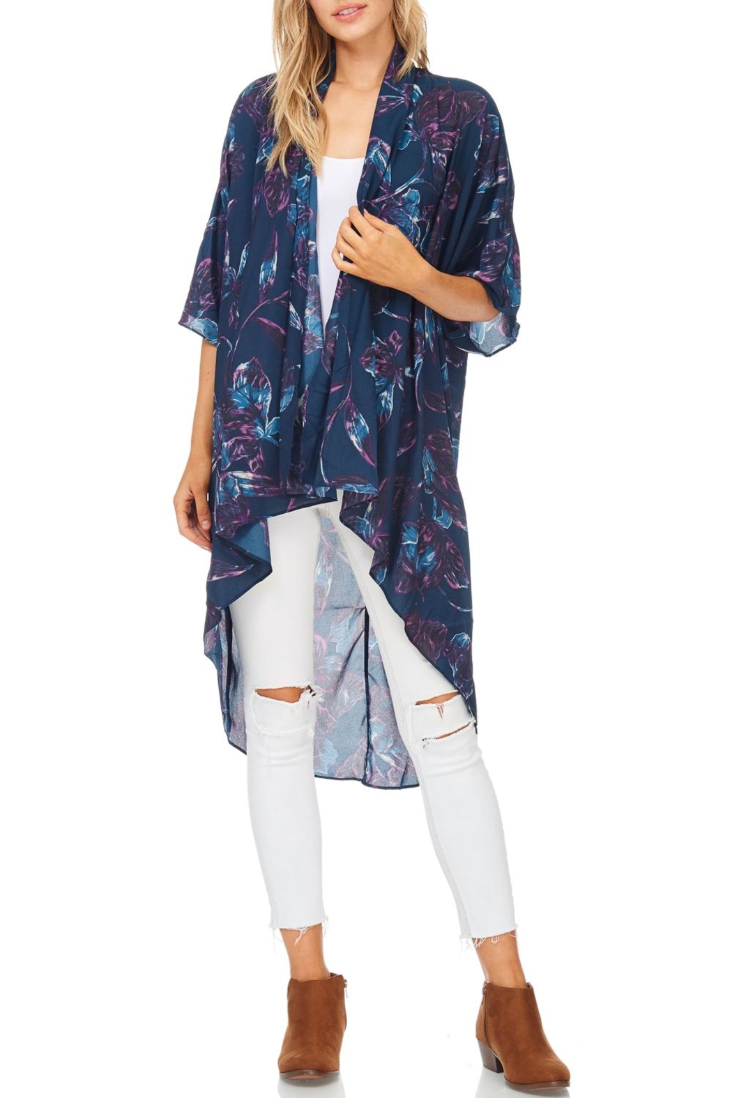 Everly Navy Floral Kimono - Front Cropped Image