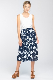 Everly Navy With White Floral Midi Skirt - Front cropped