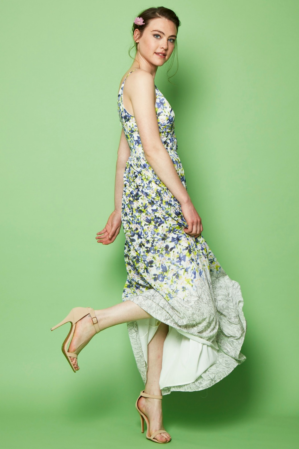 Everly Floral Print Maxi - Side Cropped Image