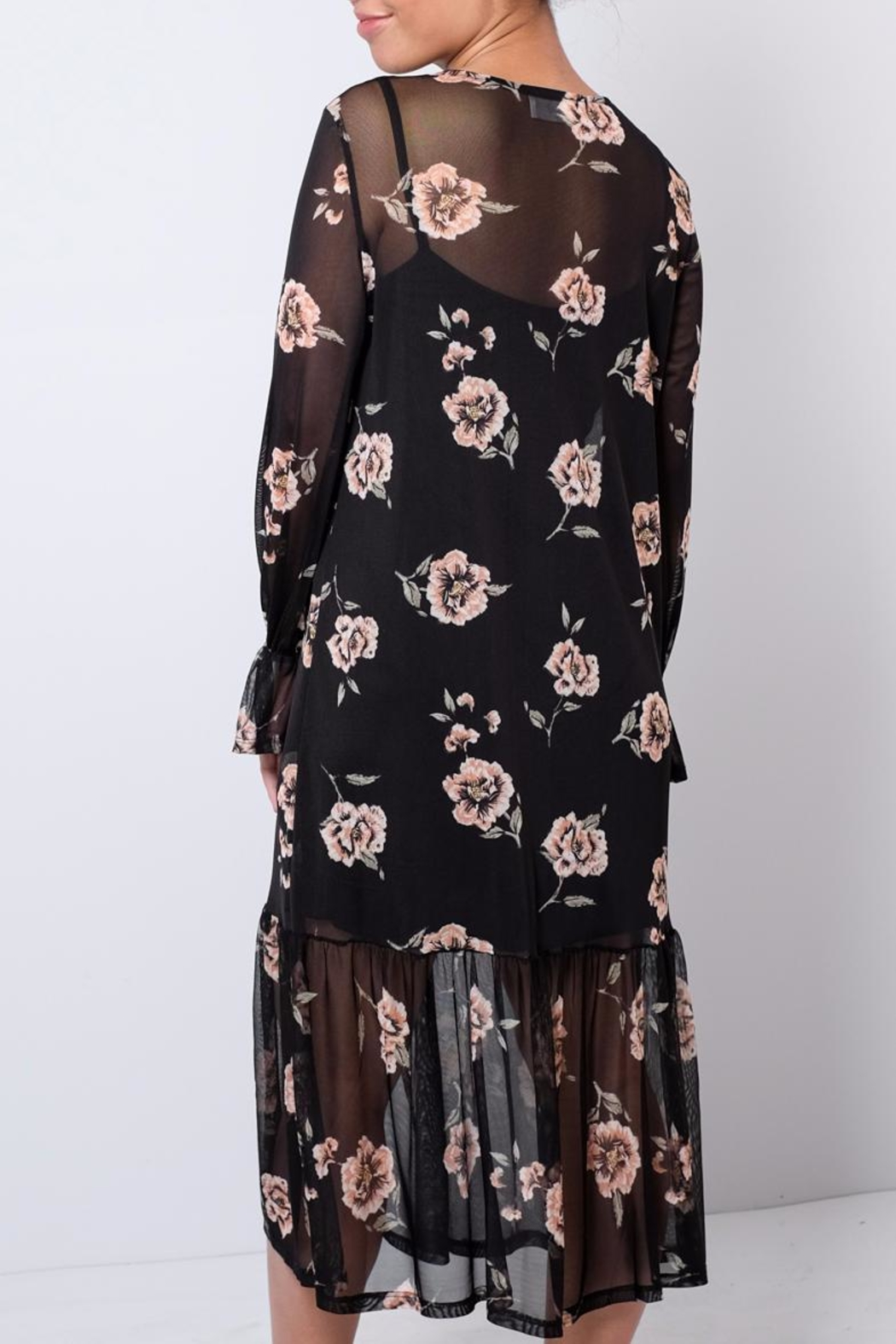 Everly Printed Mesh Dress - Side Cropped Image