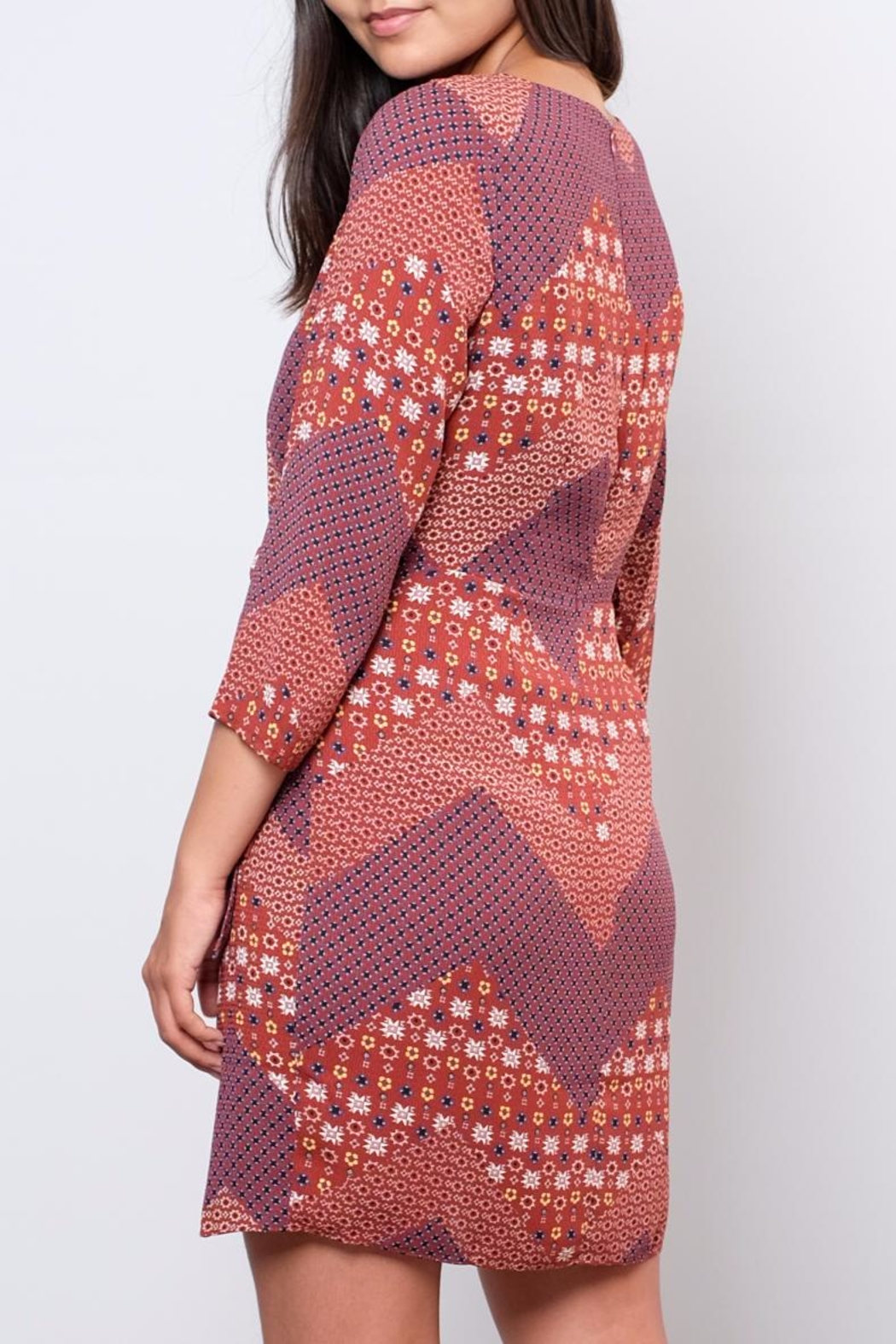 Everly Printed Wrap Dress - Side Cropped Image