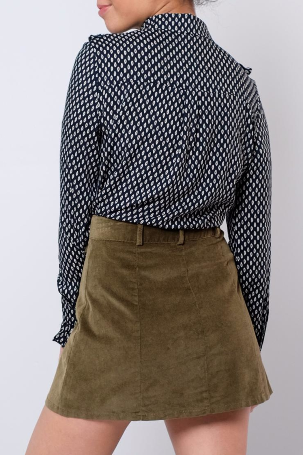 Everly Ruffled Country Shirt - Side Cropped Image