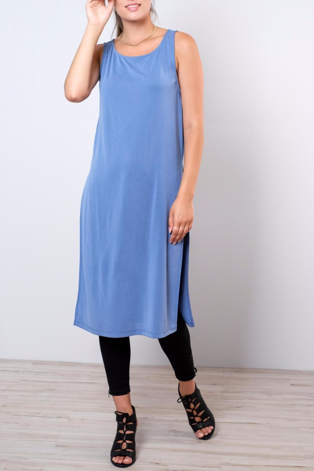 Everly Side Slit Tunic - Front Cropped Image