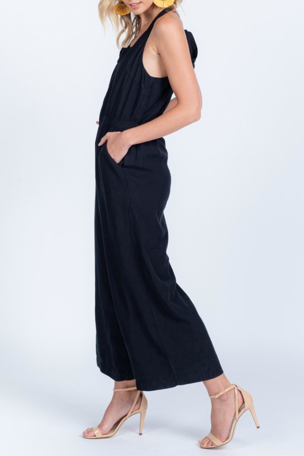 Everly Tie Back Jumpsuit - Side Cropped Image