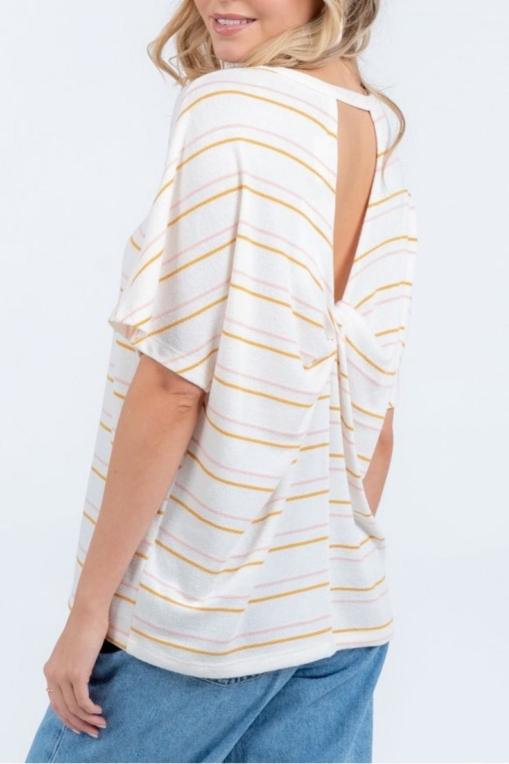 Everly Twist Back Top - Back Cropped Image