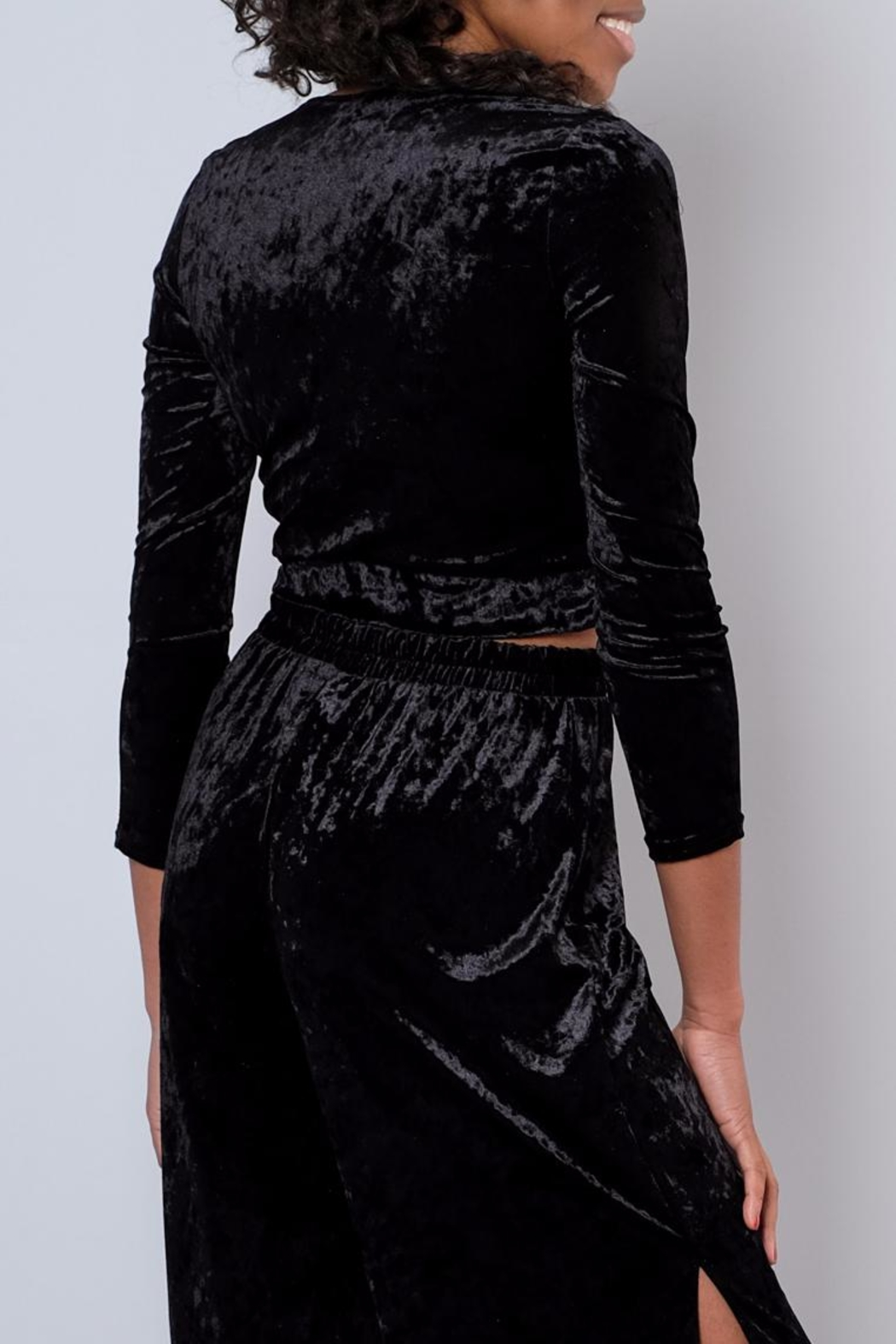 Everly Velvet Side Tie Top - Side Cropped Image