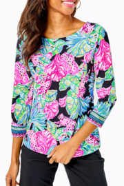 Lilly Pulitzer  Everlynn UPF 50+ Top - Front cropped