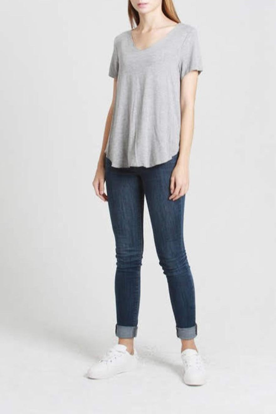 Mod Ref Everyday Grey Tee - Front Cropped Image
