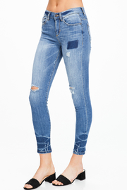 MONTREZ EXPOSED STITCH RIPPED SKINNY JEANS - Side cropped