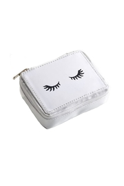 Giftcraft Inc.  Eyelash Pill Case - Front cropped