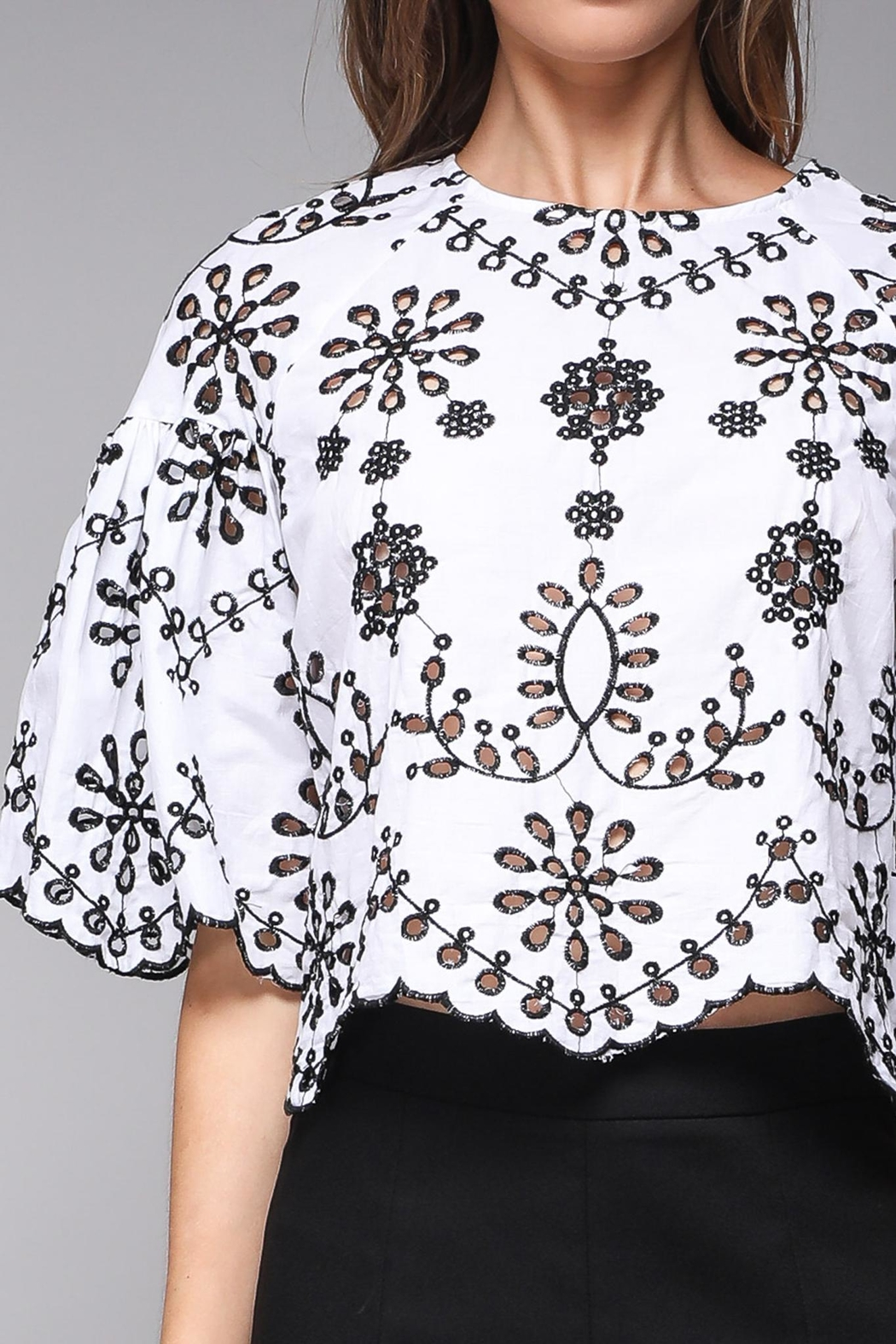 Do & Be Eyelet Crop Top - Side Cropped Image