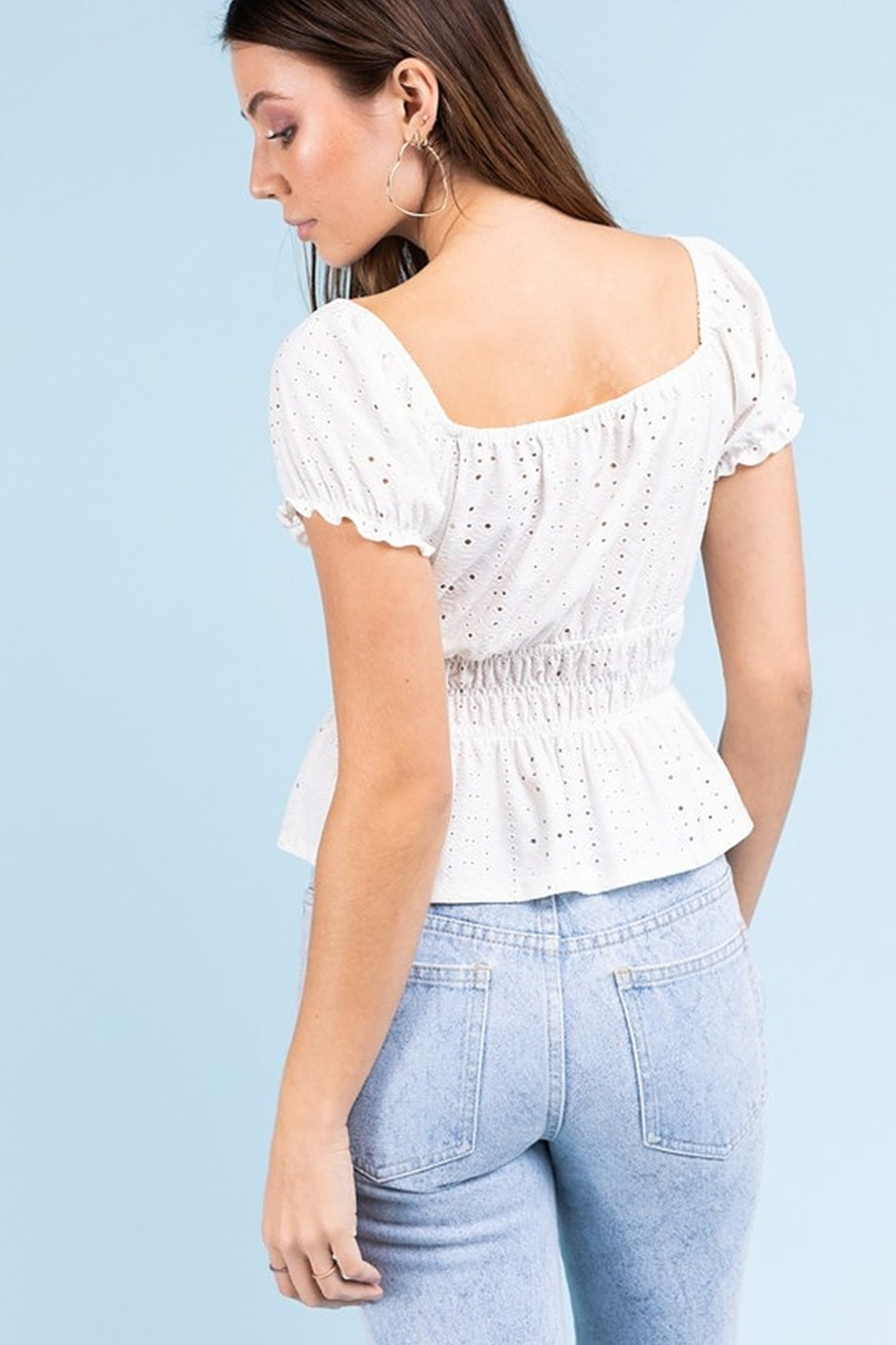 Le Lis Eyelet Smock Top - Side Cropped Image
