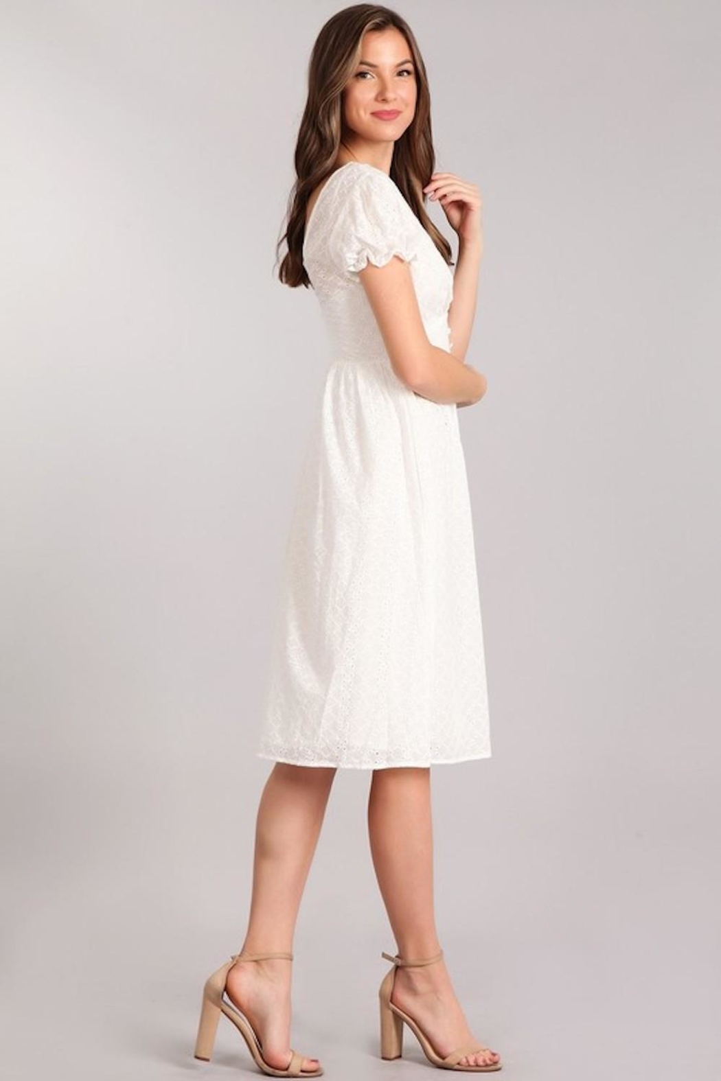 Verty Eyelet White Midi - Side Cropped Image