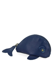 ezpz Blue Whale Purse - Front cropped