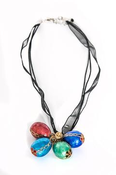 Working Actress Productions Tibetan Eggshell Necklace - Alternate List Image