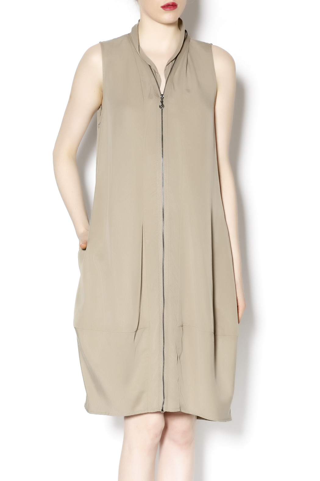 Samuel Dong Sleeveless Dress - Front Cropped Image