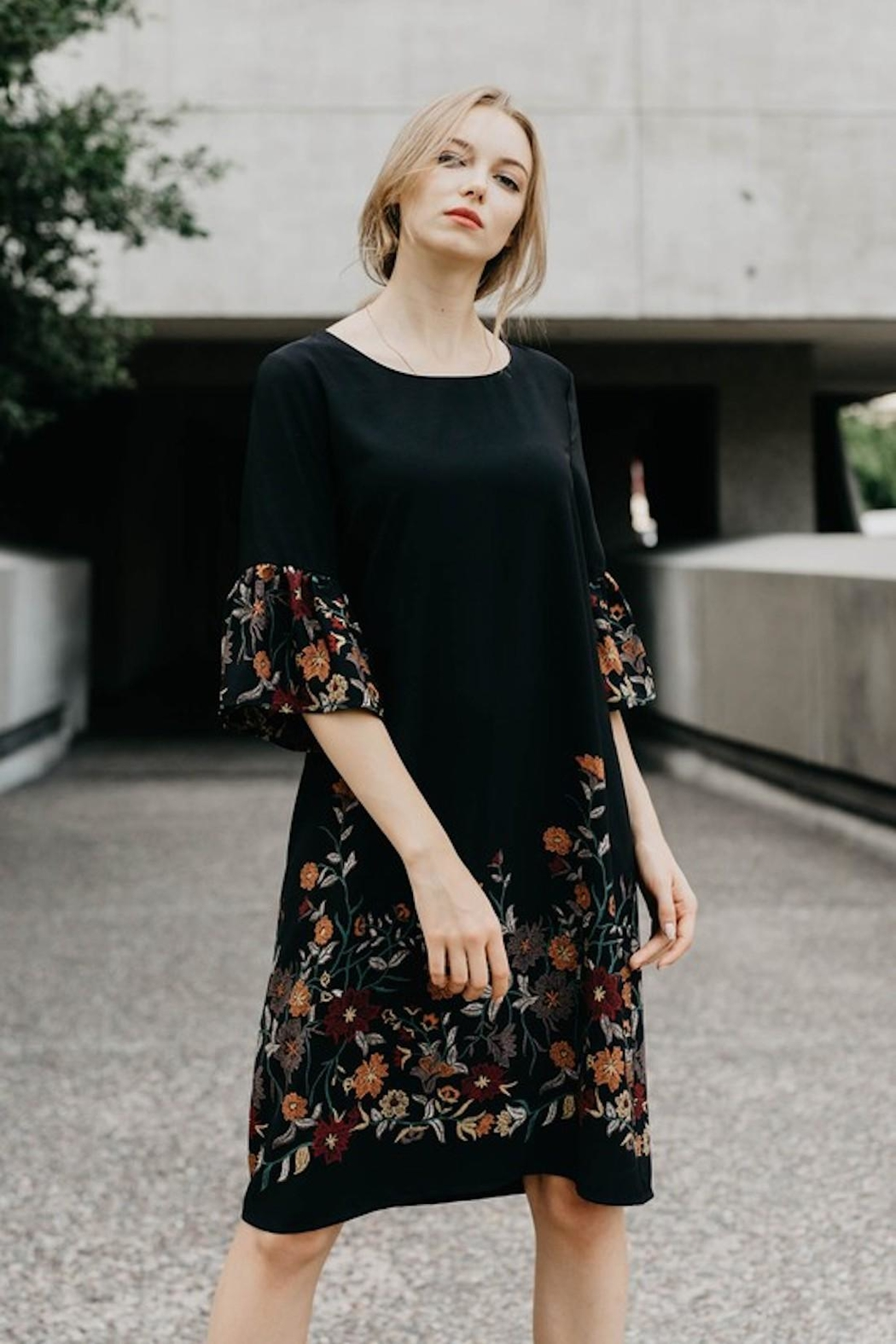 Les Amis Fall Dress Perfection - Front Full Image