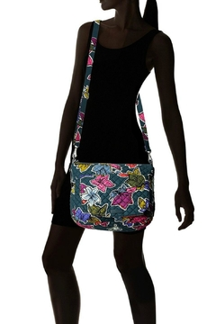 Vera Bradley Falling Flowers Carson - Alternate List Image