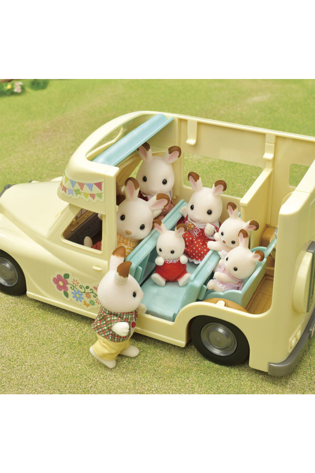 Calico Critters Family Campervan - Back Cropped Image